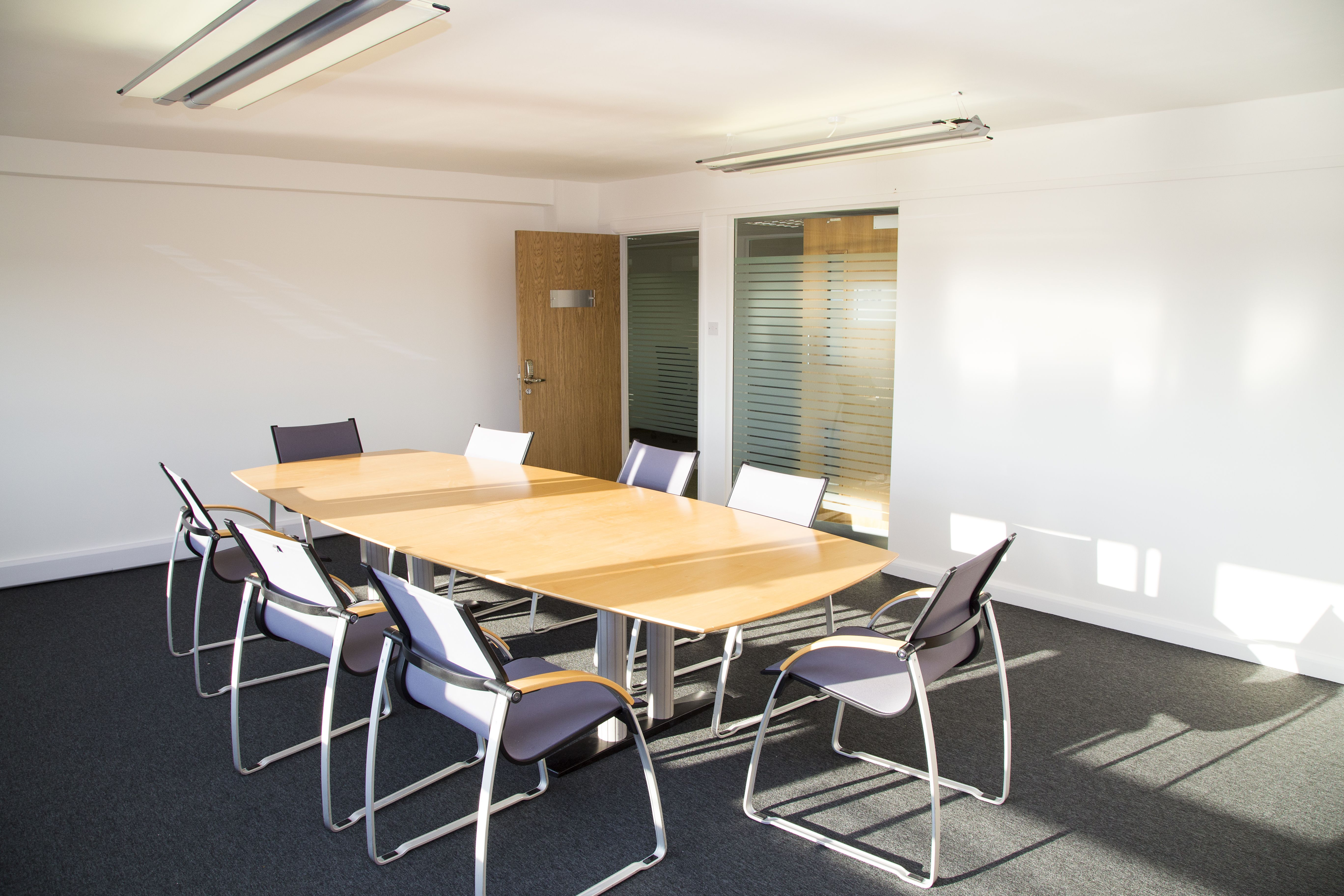 manager meeting room Meetio is a software company from sweden that provides solutions for undisturbed, efficient meetings and better utilization of room resources thousands of companies around the world use a meeting room manager from meetio on a daily basis.